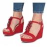 Czerwone sandały na koturnie Liris zdjęcie 3