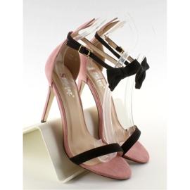 Sandałki na szpilce z uszkami ZJ-15P Pink - Ii Gat 6