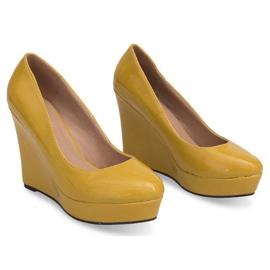 Lakierowane Czółenka Na Koturnie 2011-23 Żółty żółte 2