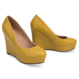 Lakierowane Czółenka Na Koturnie 2011-23 Żółty żółte 3