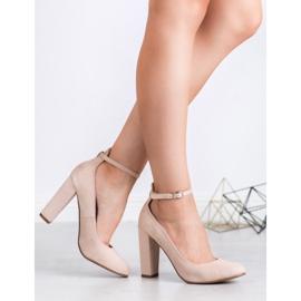 Ideal Shoes Czółenka Zapinane Sprzączką brązowe 3