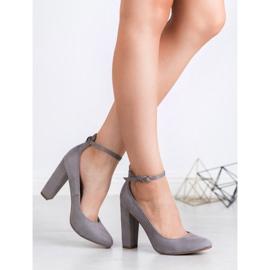 Ideal Shoes Czółenka Zapinane Sprzączką szare 3