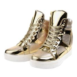 Złote Lakierowane Ażurowe Sneakersy L641-2 żółte 2