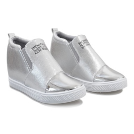 Srebrne ażurowe sneakersy na koturnie DD392-2 szare 3