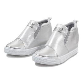 Srebrne ażurowe sneakersy na koturnie DD392-2 szare 1