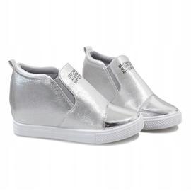 Srebrne ażurowe sneakersy na koturnie DD392-2 szare 4