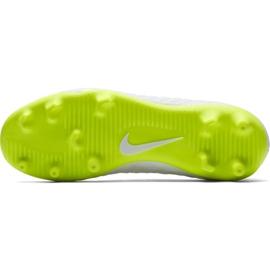 Buty piłkarskie Nike Hypervenom Phantom 3Club Fg Jr AJ4146-107 białe 3