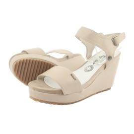 Sandały damskie na koturnie Big Star 274163 beżowy 4