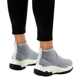 Szare obuwie sportowe z gumką LA33P 3