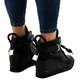 Czarne sneakersy na koturnie z klamrą H6600A 3