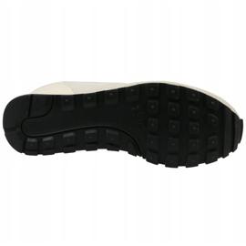 Buty Nike Md Runner 2 Eng Mesh W 916797-100 białe 3