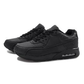 Czarne obuwie sportowe 1
