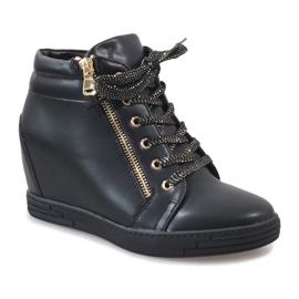 Czarne sneakersy ze złotym suwakiem TL-22 1