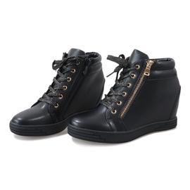 Czarne sneakersy ze złotym suwakiem TL-22 3