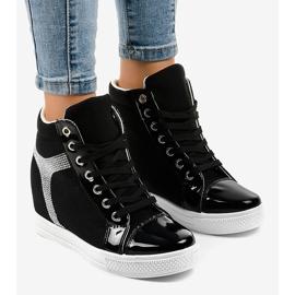 Czarne sneakersy na koturnie z cekinami AN2959 1