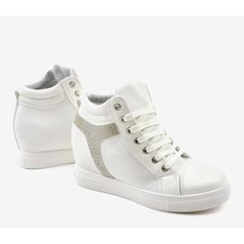 Białe buty sneakersy na koturnie z cekinami AN2959 4