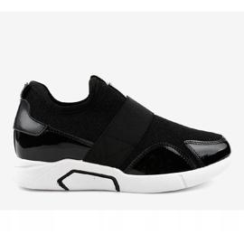 Czarne damskie obuwie sportowe X-9761 2