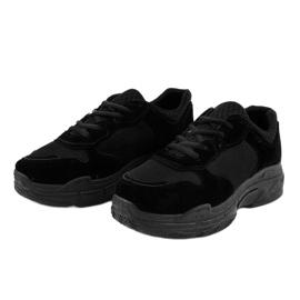 Czarne zamszowe obuwie sportowe damskie R-372 2
