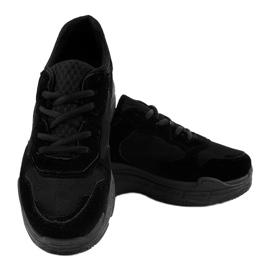 Czarne zamszowe obuwie sportowe damskie R-372 3