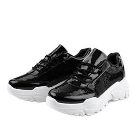 Czarne obuwie sportowe z cekinami W-3118 2