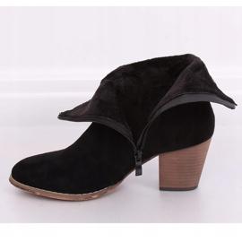 Botki kowbojki czarne E2250 Black 2