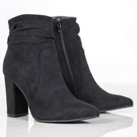 Ideal Shoes Zamszowe Botki Na Słupku czarne 2