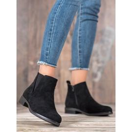 Ideal Shoes Wsuwane Botki czarne 1