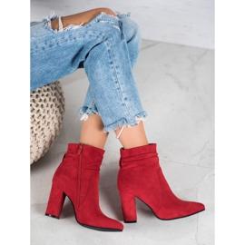 Ideal Shoes Zamszowe Botki Na Słupku czerwone 1
