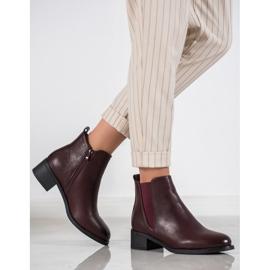 Ideal Shoes Klasyczne Botki Z Gumką czerwone 1
