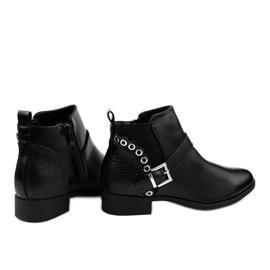 Czarne płaskie botki z gumką i suwakiem Y8159 1