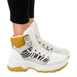 Białe damskie sneakersy ocieplane F-19208-2 1