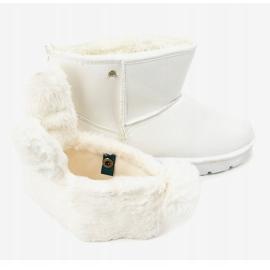 Białe zamszowe eskimoski ocieplane NB137 4