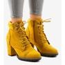 Żółte zamszowe botki na słupku 995-31 1