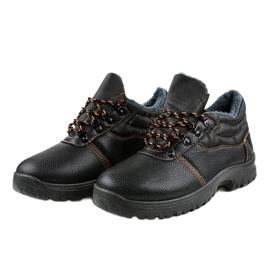 Czarne obuwie trekkingowe 7M900 3