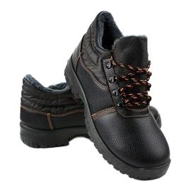 Czarne obuwie trekkingowe 7M900 4