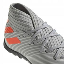 Buty piłkarskie adidas Nemeziz 19.3 Tf Jr EF8303 szare wielokolorowe 4