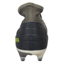 Buty piłkarskie adidas Predator 19.3 Sg M EG2830 szare szare 3