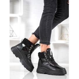 Bella Paris Sneakersy Z Kożuszkiem czarne 8