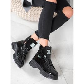Bella Paris Sneakersy Z Lakierowanej Eko Skóry czarne 2