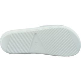 Klapki Lacoste Croco Slide 319 738CMA0073082 białe 3