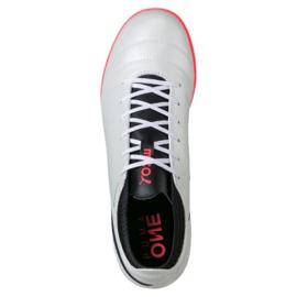 Buty piłkarskie Puma One 17.4 Tt M 104078 01 białe biały 1