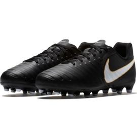 Buty piłkarskie Nike Tiempo Rio Iv Fg Jr 897731-002 czarne czarne 4