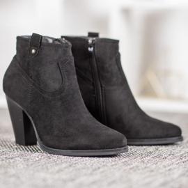 Ideal Shoes Casualowe Czarne Botki 4