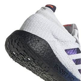 Buty adidas PulseBoost Hd M EG0978 szare 1