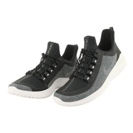 Buty Nike Renew Rival Shield M AR0022-001 4