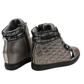 Szare lakierowane sneakersy na koturnie R468-3 4