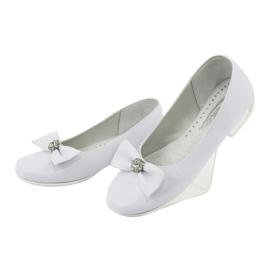 Czółenka balerinki komunijne białe Miko 800 3