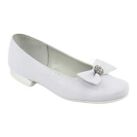 Czółenka balerinki komunijne białe Miko 800 1