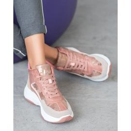 Ideal Shoes Wysokie Buty Na Platformie 2