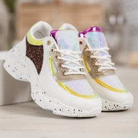 SHELOVET Sneakersy Z Cekinami Na Platformie 3